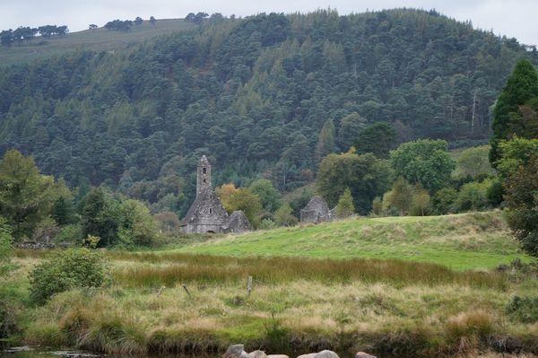 Monasterio y cementerio de Glendalough | Excursiones desde Dublín