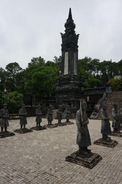 Khai Dinh Tomb, Hue - Ruta en moto por los Mausoleos