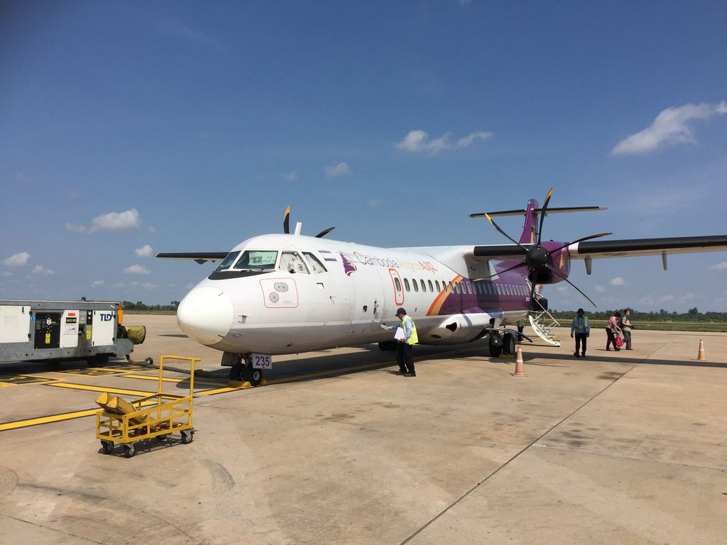Airplane CambodiaAngkorAir - Vietnam