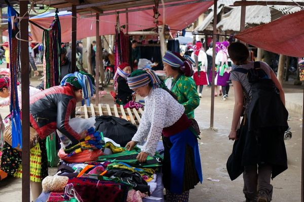 Market, Sa Phin - Vietnam