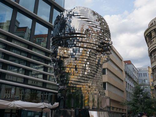 Estatua de Kafka | Recorrido por Praga