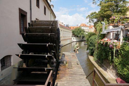Noria, Kampa | Recorrido Praga: Recorrido por Praga: mala strana castillo petrin