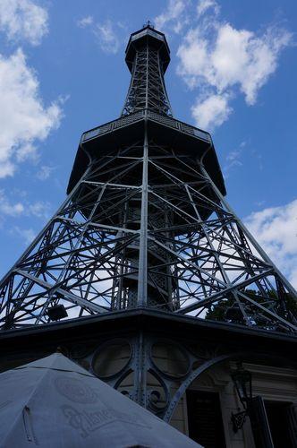 Torre de observación Petrin | Recorrido por Praga: mala strana castillo petrin