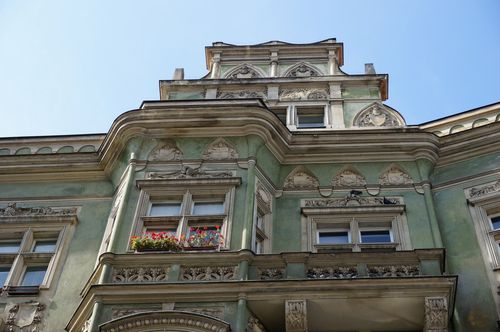 Edificio barrio judío | Recorrido por Praga: josefov stare mesto metronomo
