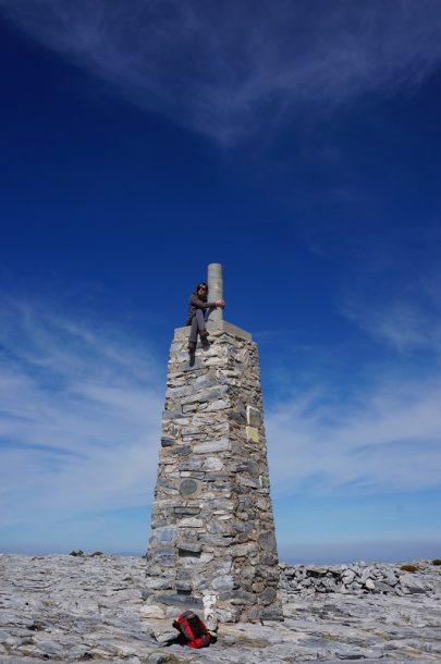 Ruta a la Maroma, en la cima
