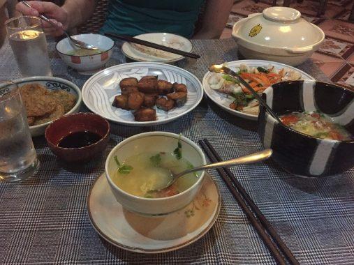 Cena en Cat Ba, Vietnam