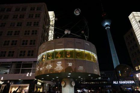World Time Clock | Qué ver 5 días Berlín