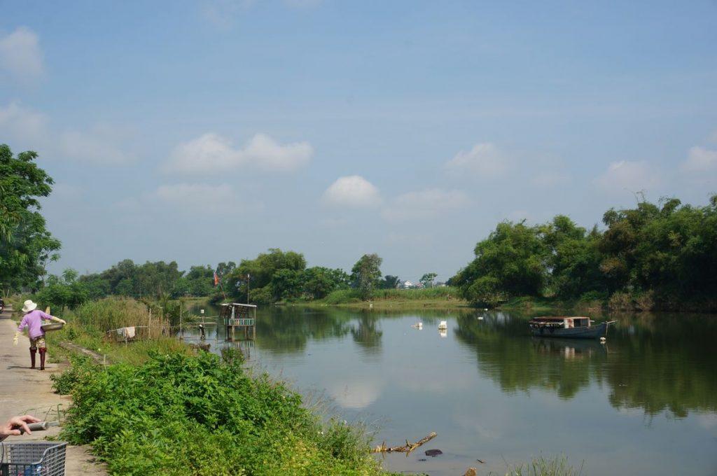 Vistas del río desde la orilla de la isla Cam Kim - Hoi An