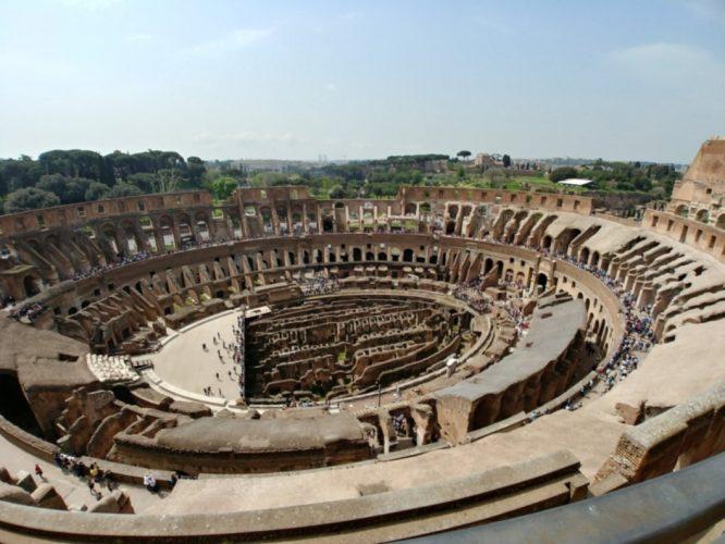 Vistas al interior del Coliseo desde la última planta | Consejos para viajar a Roma