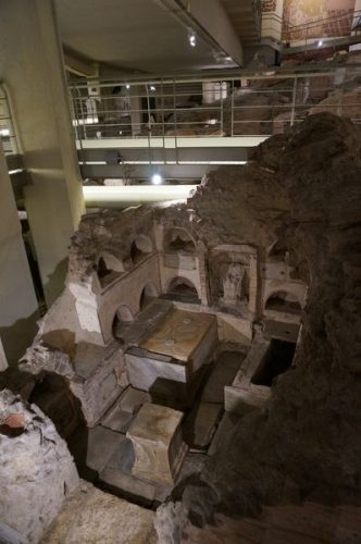 Tumbas de la Necrópolis de la Vía Triumphalis | Consejos para viajar a Roma