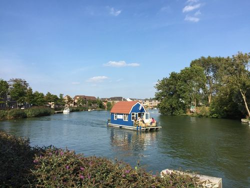 Floating House on the river, Weesp - Netherlands | | Ruta en bici, Castillo de Muiderslot y fuertes