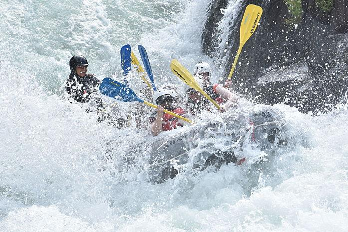 Tunnel Chute | Rafting en California