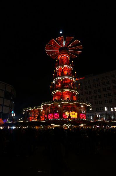 Pirámide Navideña Berlin | Mercados de Navidad en Alemania