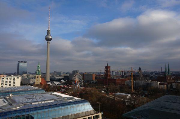 Vistas al Mercado de Navidad de Berlin desde la Catedral