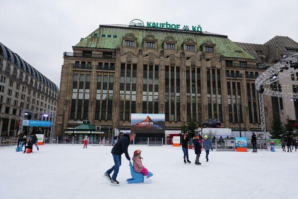 Pista de patinaje | Mercados de Navidad en Düsseldorf