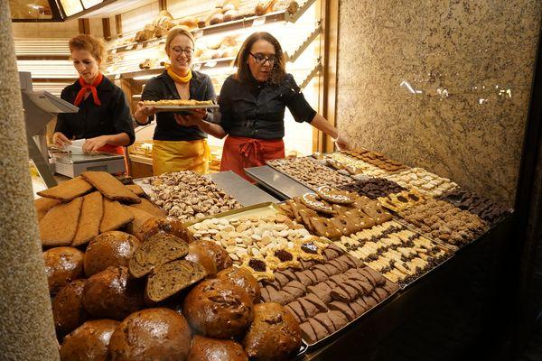 Mercado Navidad Düsseldorf | Puesto de galletas
