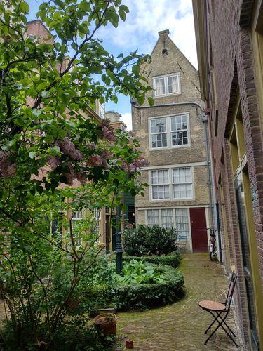 Hofje en el Jordaan | Que hacer en Amsterdam